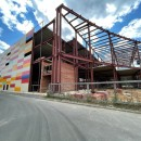 Рыже-белый, красный, небесно-синий, мятный, молочный – цвета облицовки нового семейного торгово-развлекательного комплекса европейского уровня МАРМЕЛАД, который строится в Череповце